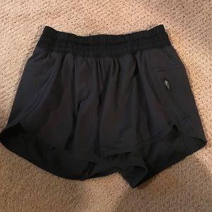 Black lululemon tracker shorts size 4,